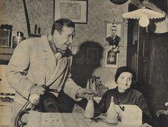 """Simenon a Milano  Simenon nella stanza di questa anziana magliaia ha trovato una stufa di ghisa identica a quella che lui aveva da ragazzino e che poi ha """"regalato"""" al suo personaggio Maigret"""