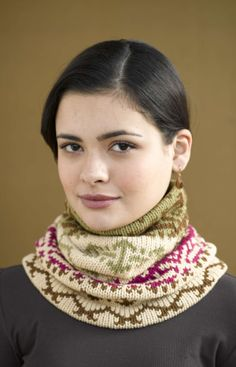 Free+Knitting+Pattern+-+Cowls+and+Neck+Warmers:+Cloudsong+Cowl