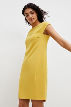 Casual Work Outfits, Work Casual, Dress Shapes, Yellow Fashion, Crepe Dress, Sophisticated Style, Simple Dresses, Clothes For Women, Work Clothes
