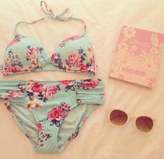 Adorable floral bikini