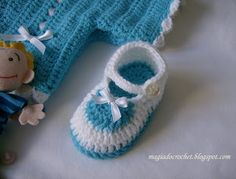 Magic Crochet: Booties crochet for babies - how to make. Pattern and pictorial. Use chrome for translation