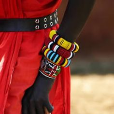 GORGEOUS. Everything about this photo is beautiful  JEWELRY AND CULTURE | WWW.THEARTOFSHINUH.COM presents....