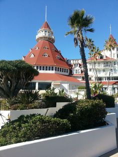 I love this old hotel...Hotel Del Coronado