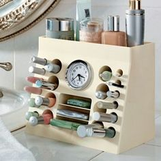 """ivonneblurbs: """" DIY Makeup Organizer Inspiration by solutions Another reason I should get back to wood work : ) Its been a while. I love how you have easy access to lipstick, mascara, eyeliners. Diy Makeup Organizer, Make Up Organiser, Makeup Storage, Makeup Organization, Cosmetic Storage, Makeup Holder, Cosmetic Box, Makeup Box, Bathroom Organization"""