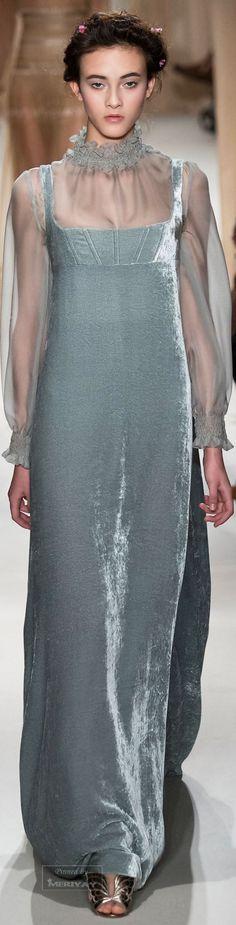 Valentino.Spring 2015 Couture.                                                                                                                                                     More