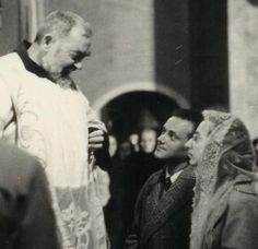"""Get the """"Daily Thoughts of Padre Pio"""" emailed to you everyday. """"He who never meditates is like a person who never looks in the mirror; therefore, not knowing that he is untidy, he goes out looking disorderly."""" ~St. Padre Pio"""