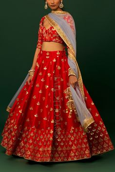 Red lehenga with kalira embroidery paired with co-ordinated embrodiered blouse(unstitched) & sheer net dupatta. Indian Wedding Gowns, Indian Bridal Outfits, Indian Party Wear, Indian Dresses, Indian Wear, Indian Clothes, Indian Style, Indian Lehenga, Lehenga Choli Latest