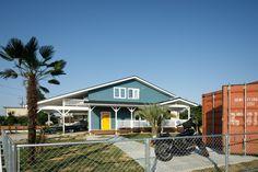 Surf House, American Houses, Cozy Fashion, Facade Design, Surfing, Outdoor Decor, Home Decor, Style, Swag