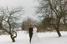 Finland, Wedding Photography, Cottage, Portrait, Couple Photos, Wedding Dresses, Classic, Winter, Outdoor