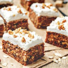 Veganer Karottenkuchen Dessert Sans Lactose, Cake Sans Gluten, Sans Gluten Ni Lactose, Raw Food Recipes, Cake Recipes, Easy Carrot Cake, Raw Cake, Cashew Cream, Raw Desserts