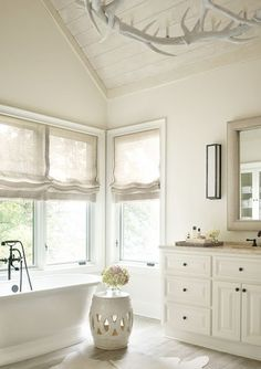 45 Perfect Warm Neutral Paint Colors For Bathroom Your bathroom needs to be spotless and totally free of any mould. The bathroom is frequently the smallest room in the home, but one where we spend a good deal of private time and will be visited by Best White Paint, White Paint Colors, Paint Colors For Home, China White Paint, Bm China White, Neutral Paint, Neutral Colors, Colours, All White Bathroom