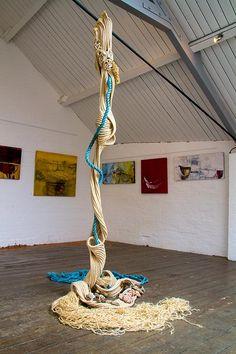 textile artist heather pickwell Strandline Heather Pickwell: Rope Sculpture