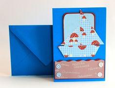 Süße Grußkarte mit Schiff im Fliegenpilzmuster. Diese Karte im Format C6 (ca. 11x16cm) hat einen passenden blauen Umschlag. Für Glückwünsche zum Kindergeburtstag oder zur Geburt