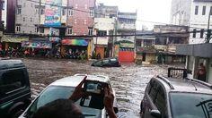 Jakarta, Obsessionnews.com – Dua hari berturut-turut, yakni Senin (24/10/2016) hingga Selasa (25/10) mesin pencari Google menjadikan berita banjir di Kota Bandung, Jawa Barat, sebagai trending topic.