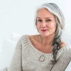 25 Gorgeous Hairstyles For Women Over 50