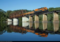 RailPictures.Net Photo: GN 400 Great Northern EMD SD45 at Osceola, Wisconsin by Jeff Terry