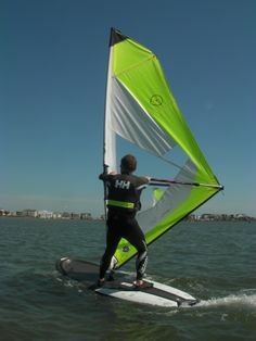 A good sailing position being held by a Poole Windsurfing student, even in a moderate breeze - good skills!   #poolewindsurfing #windsurfinglessons #pooleharbour