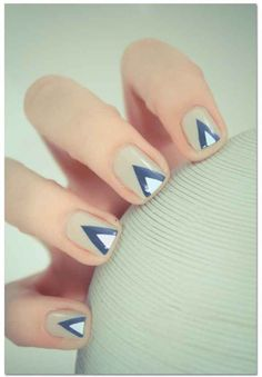 25 Eye-Catching Minimalist Nail Art Designs- these are really really nice! Now i just need to get more colors..