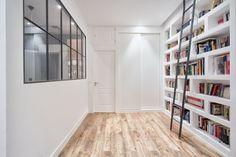 Il cartongesso è un materiale che consente di creare innumerevoli opere nella tua casa. Semplicità di montaggio, possibilità di ottenere qualsiasi forma (anche curva) e un costo contenuto sono i punti forti di questo materiale. Tra i pochi...