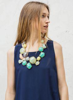 Zareando Forever: De UTERQUE: Collar Flores