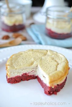 These red velvet cheesecakes have only 2g of carbs each! Low carb & gluten-free dessert for any day! They're quick to make and will impress anyone! Try them today! www.tasteaholics.com