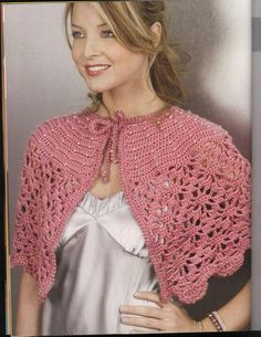 Diy Crafts - This Pin was discovered by Lil Crochet Baby Shawl, Beau Crochet, Pull Crochet, Mode Crochet, Crochet Cape, Crochet Ripple, Crochet Shawls And Wraps, Crochet Collar, Crochet Scarves