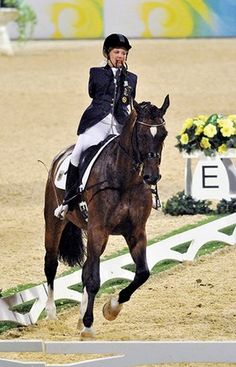 How does a woman without arms compete with her horse in the Paralympics? Listen to the incredible story of Bettina Eistel and her horse, Fabuleax 5.