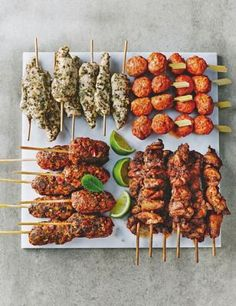 Buy the Chicken Kebab Platter - 30 Pieces from Marks and Spencer's range. Canapes Recipes, Kebab Recipes, Wine Recipes, Tzatziki, Food Network, Morrocan Food, Moroccan Party, Party Food Platters