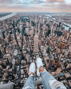 New York Travel Guide - Everything You Need To Know New York Life, Nyc Life, City Life, Places To Travel, Travel Destinations, Places To Visit, Travel Deals, Free Travel, Cheap Travel
