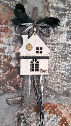 γούρια 2019 Clay Christmas Decorations, Christmas Decoupage, Christmas Crafts, Christmas Mood, Christmas 2015, Scrapbooking, Diy Gifts, Diy And Crafts, Projects To Try