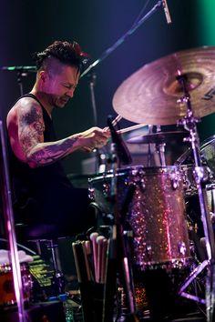 中村達也(Dr)(Photo by HAJIME KAMIIISAKA) Todd Rundgren, Good Looking Men, Drums, How To Look Better, Concert, City, Music, Image, Rocks
