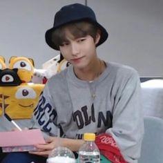 New memes boyfriend humor life Ideas Love Boyfriend, Boyfriend Humor, Boyfriend Material, Nct 127, Winwin, Meme Faces, Funny Faces, Taeyong, Jaehyun