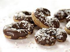 Klášterní rohlíčky/60KS Christmas Cookies, Doughnut, Chocolate, Food, Pineapple, Essen, Drinking, Xmas Cookies, Christmas Crack