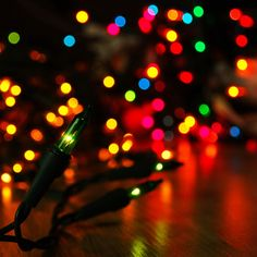Colorful Lights bokeh iPad 4 Wallpaper Download - find more free iPad wallpapers on http://www.ilikewallpaper.net/ enter the website to download full size wallpaper.