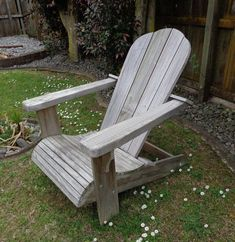 DIY Adirondack chair - woodworking plans upgraded suggestions on quick secrets in Awesome Popular Woodworking Boxes Woodworking School, Woodworking Projects That Sell, Learn Woodworking, Popular Woodworking, Woodworking Furniture, Furniture Plans, Rustic Furniture, Woodworking Plans, Diy Furniture