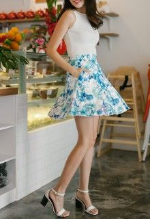 I'm A Thread Theory Girl Skirt (Mint Floral)