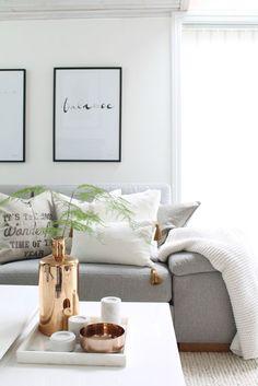 ❤️grey,white and copper - bank sofa wood interior interiorinspiration hall pastel wooninspiratie interieur interieurinspiratie styling interieurstyling