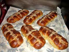 Νηστισιμο τσουρεκι πολιτικο Hot Dog Buns, Hot Dogs, Bread, Food, Brot, Essen, Baking, Meals, Breads
