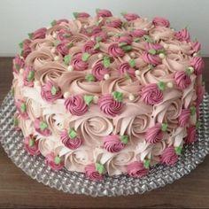 The photo - Birthday Cake - Torten İdeen Pretty Birthday Cakes, Pretty Cakes, Cute Cakes, Beautiful Cakes, Yummy Cakes, Amazing Cakes, Cake Birthday, Cake Decorating Frosting, Cake Decorating Designs