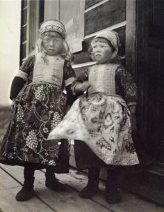Marken; two boys #NoordHolland #Marken