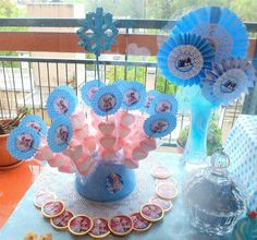 cumple tematico de frozen - Buscar con Google Frozen Birthday Theme, Frozen Theme, Frozen Party, 2nd Birthday, Candy Bar Frozen, Disney Frozen Cake, Winter Parties, Candy Party, Diy Party