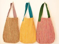 Learn more about how Sewing Leather Bags from from the beginning until end of the process - Discover tips and tricks to make a quality leather bag. Sewing Leather, Leather Bag, My Bags, Purses And Bags, Striped Bags, Linen Bag, Simple Bags, Denim Bag, Fabric Bags