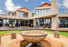 Palatial residence in Kempton Park for R8.5 million. Kempton Park, Mansions, Live, House Styles, Hot, Home Decor, Mansion Houses, Homemade Home Decor, Villas