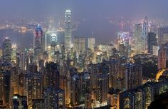 Hong Kong: City That Never Sleeps. Details about things to do in Hong Kong, places to visit in Hong Kong and Hong Kong Festivals and events. Happy Valley, Beautiful Places To Visit, Places To See, Amazing Places, Hong Kong Festival, Places In Hong Kong, Shangri La Hotel, Skyline, City That Never Sleeps