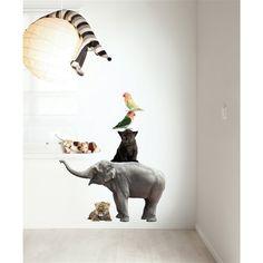 Verander je kamer in een echt Safari park met deze stoere muurstickerset van KEK Amsterdam. De wollige dieren zijn levensecht en daarom een geweldige decoratie voor in de kinderkamer! De Safari Friends muursticker is gemakkelijk op te plakken.