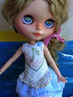 BLYTHE DOLL Dress - OOAK - by LittleLovelieShop on Etsy