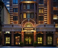 Walker Hotel Greenwich Village New York (New York) Nestled in Manhattan's Greenwich Village, this boutique hotel is 10 minutes' walk from the New York University campus and Washington Square Park. Free WiFi and cable TV is included in all rooms.