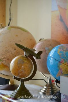 world globes by delianne