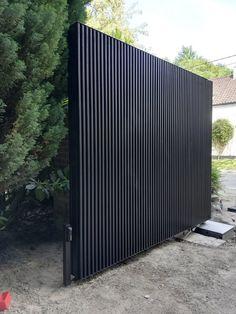 Fence Gate Design, Modern Fence Design, Front Gate Design, Wooden Main Door Design, Garage Door Design, Front Gates, Entrance Gates, Dover House, Modern Entry Door