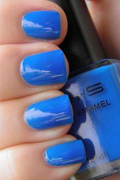 Natural Bright Nail Colors for fall 2013
